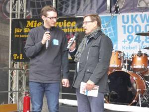 Interview-auf-der-Radio-akt